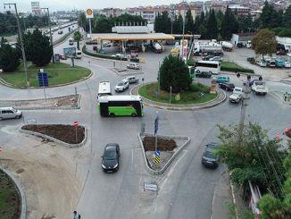 'n diep verhoogde verkeersveiligheid by die kruising van Cenesuyu