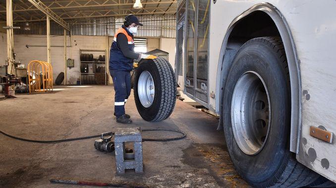 အတ္တဘတ်စ်ကားများသည်ဆောင်းရာသီနှင့်အဆင်ပြေသည်