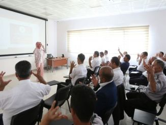 Die Mitarbeiter von Gaziulas sprechen jetzt in Gebärdensprache