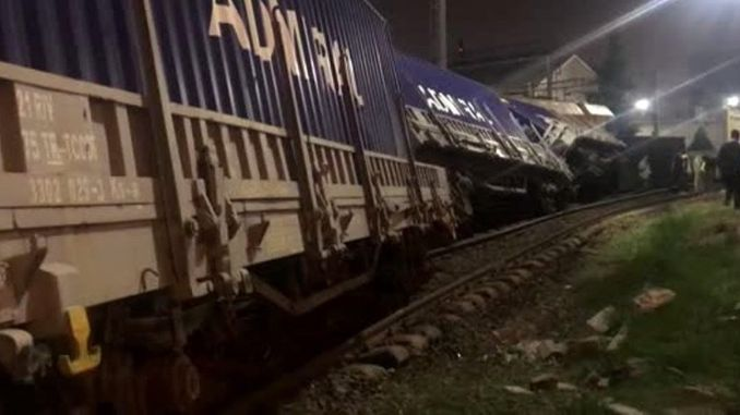 izmir train accident wagons of freight train derailed