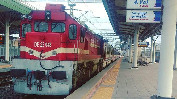 לוח הזמנים של הרכבת הכחולה קוניה וגוזרגאיי