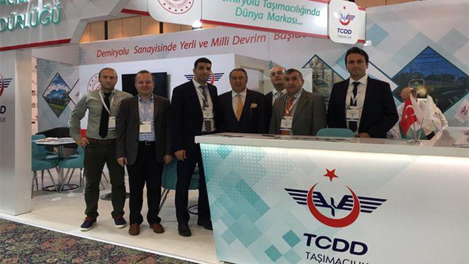 O transporte de tcdd albergou aos seus visitantes na cimeira de I + D e innovación