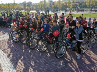 Pedal til minde om Atatürk