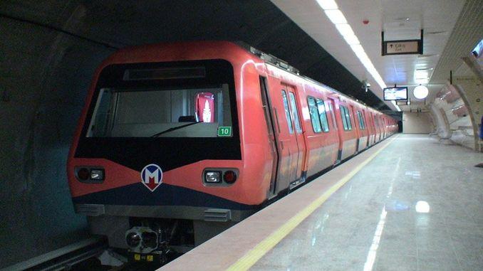 O metro do aeroporto gayrettepe de Istambul estará aberto a finais de ano