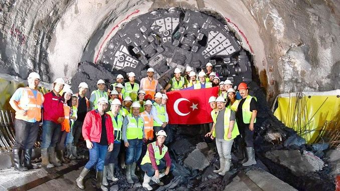 podzemna željeznica izmir narlidere sastala se s dvije stanice