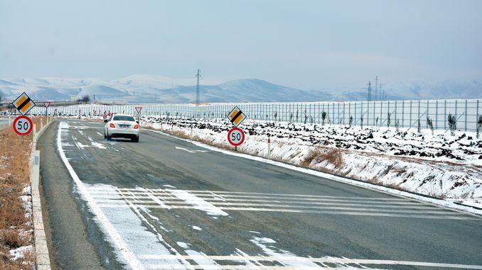 snösköldapplikation för motorvägar