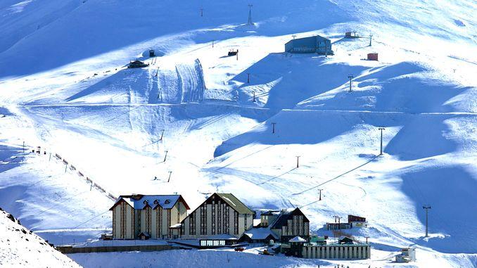 palandoken kayak merkezi kayakseverleri agirlamaya hazir
