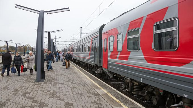 russia kirim train services started