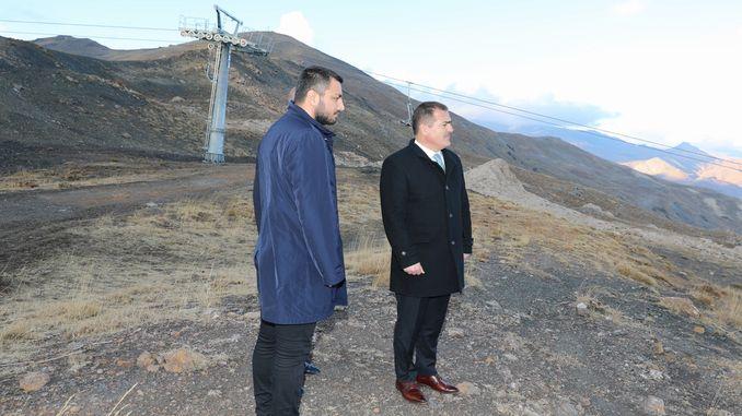 Губернатор провел наблюдения на горнолыжном курорте Акбийик Хаккари