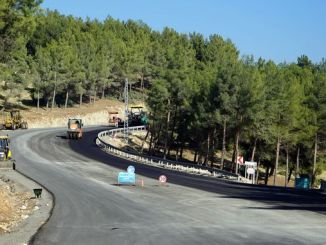 asphalt works on the way to yedikuyular ski resort