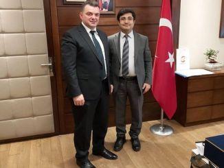 president sari arifiye karasu spoorweg het Ankara om steun gevra