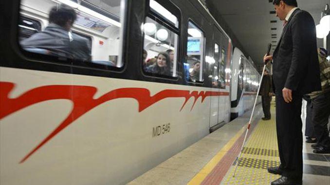 Die U-Bahn- und Eshot-Busse von Izmir verfügen über ungehinderte Transportmöglichkeiten