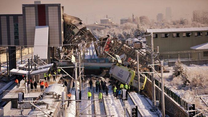 minister van vervoer beskuldig spoorweë in 'n ongeluk