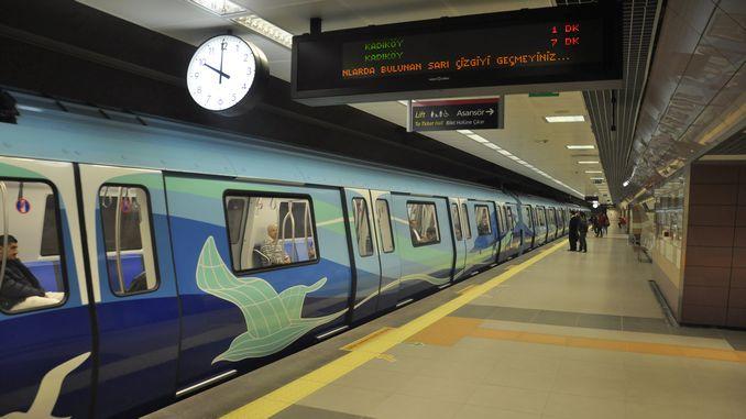 Új év Istanbullular közlekedési mujesi