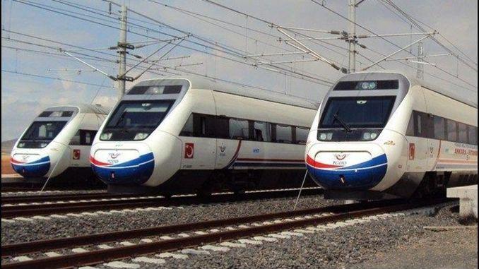 O presidente deu información sobre os investimentos ferroviarios de erdogan
