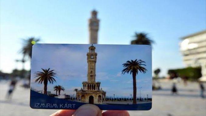 Cari sementara untuk mengisi kad dari Izmir.