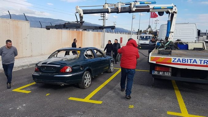 izmir buyuksehir municipality has established parking for scrap vehicles