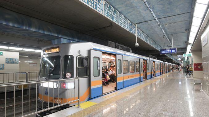 nearly a million preferred Istanbul metro