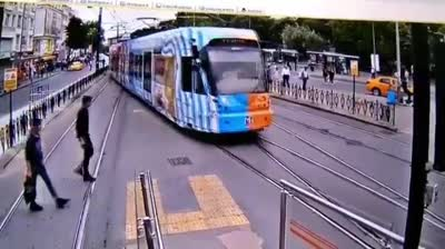 accidents on the bagcilar kaztas tram line on cameras std original