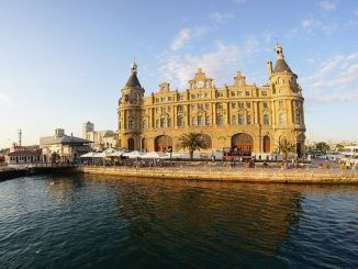 Why should Haydarpasa remain as a train station?