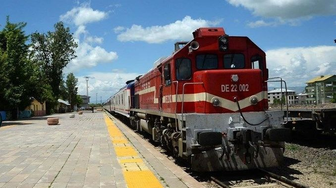 iran railway nerve gate closed due to korana virus