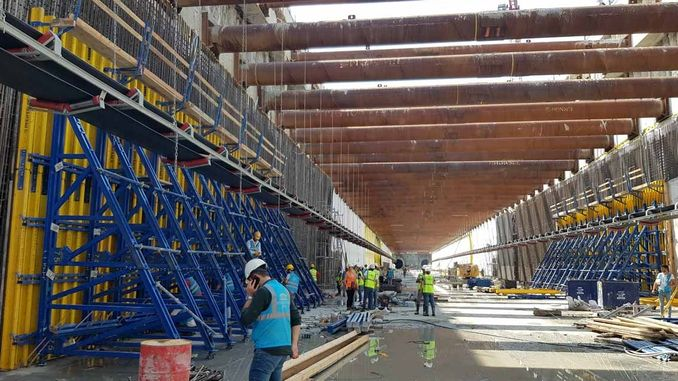 Intense formwork and scaffolding systems are used in the construction of the Istanbul airport metro.