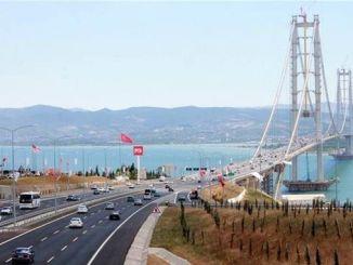 摩根大通奥斯曼加齐桥和吉布兹伊兹密尔公路局股票出售