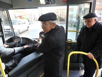 O transporte gratuito de cidadãos com idade igual ou superior a capital foi suspenso