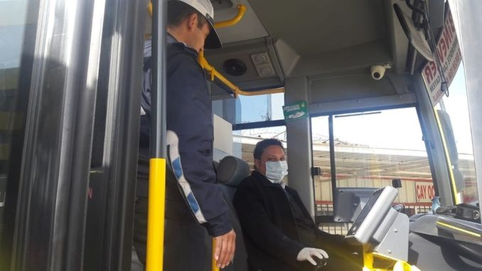In Gaziantep, the reception of standing passengers is prevented.