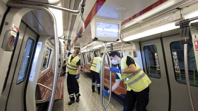 Public transportation vehicles are clean in Istanbul