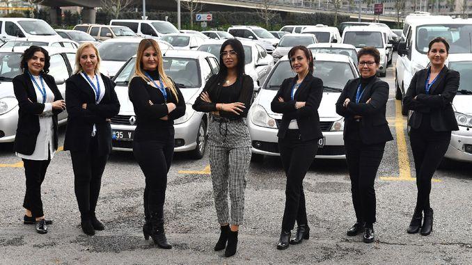 Izmir Metropolitan Increases The Number Of Female Drivers Rayhaber Raillynews