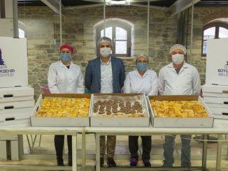 İzmir Böyükşehir'den sağlamlıq işçiləri üçün qəlyanaltı