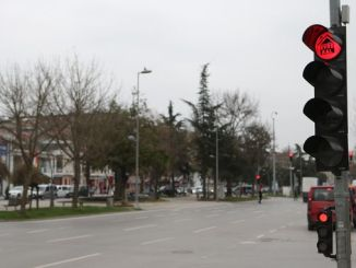 stay at home at traffic lights in sakarya