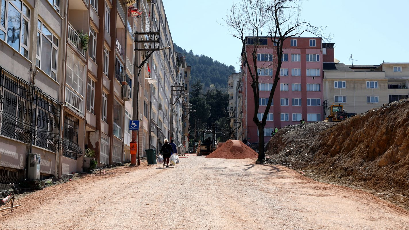 Bursa's silk street will have a modern look after years
