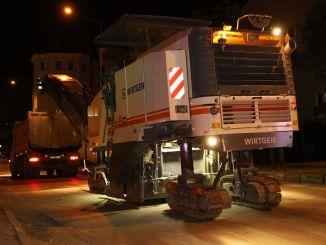 bursada yasak firsata dondu haftada bin ton asfalt dokuldu