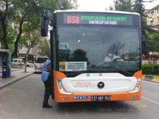 Газиантеп голям град засили инспекциите на корона в обществения транспорт