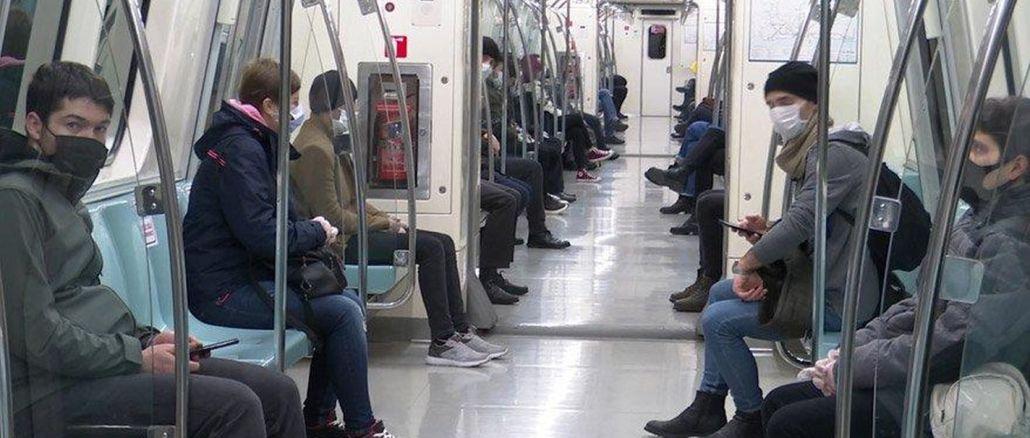 ibb toplu ulasimda bin adet ucretsiz maske dagitti