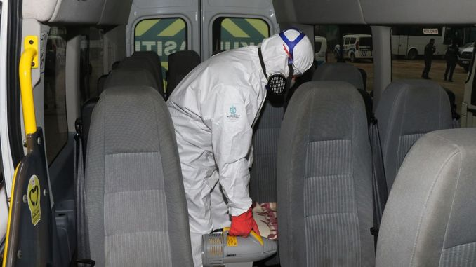 Vehicles carrying personnel in Kocaeli are disinfected.