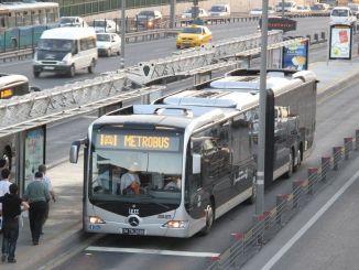 les noves línies de metro, totes les parades de metro i el mapa de bus