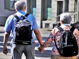 status berkabung orang di atas usia