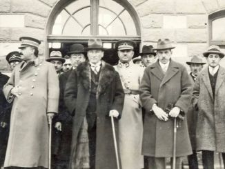 Atatürk Kazım Özalp Bekir Cingöz Fevzi Çakmak Refik Saydam iyo xaaskiisa