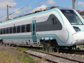 akpli tever הציג הסבר לרכבת הרכבת החשמלית הארצית