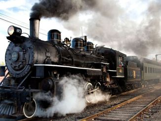 what is a steam locomotive