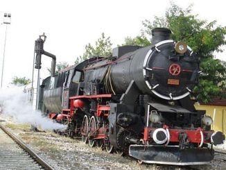 ατμοκίνητο τρένο