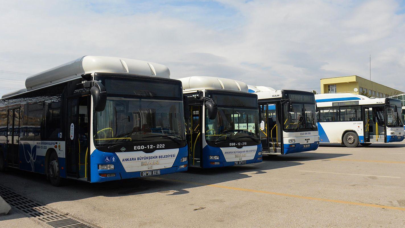 Ego-Busse bieten Bürgern, die vom Verbot ausgenommen sind, kostenlosen Service