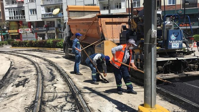 Asphalt work continues at tram nights in Eskisehir