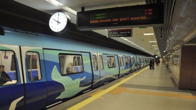 Gündəlik tətil məhdudiyyətləri dövründə İstanbulda metro və metrobus xidmətləri
