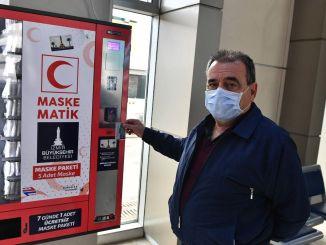 Seribu topeng dari Izmir Buyuksehir ke kota kabupaten