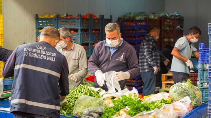 We support the solidarity of Izmir vegetable and fruit market artisans.