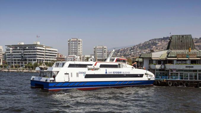 Izmirben növekszik az utas- és a gépjárműhajók száma